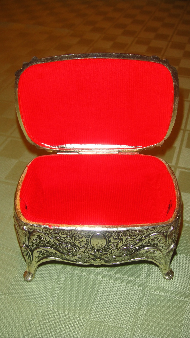 Silver Jewelry Box Prop