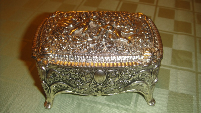 Silver Jewelry Box Prop 2